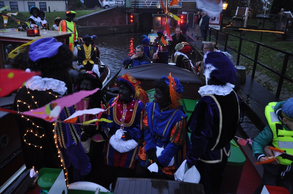 2014-15-11 Sinterklaas intocht (104)