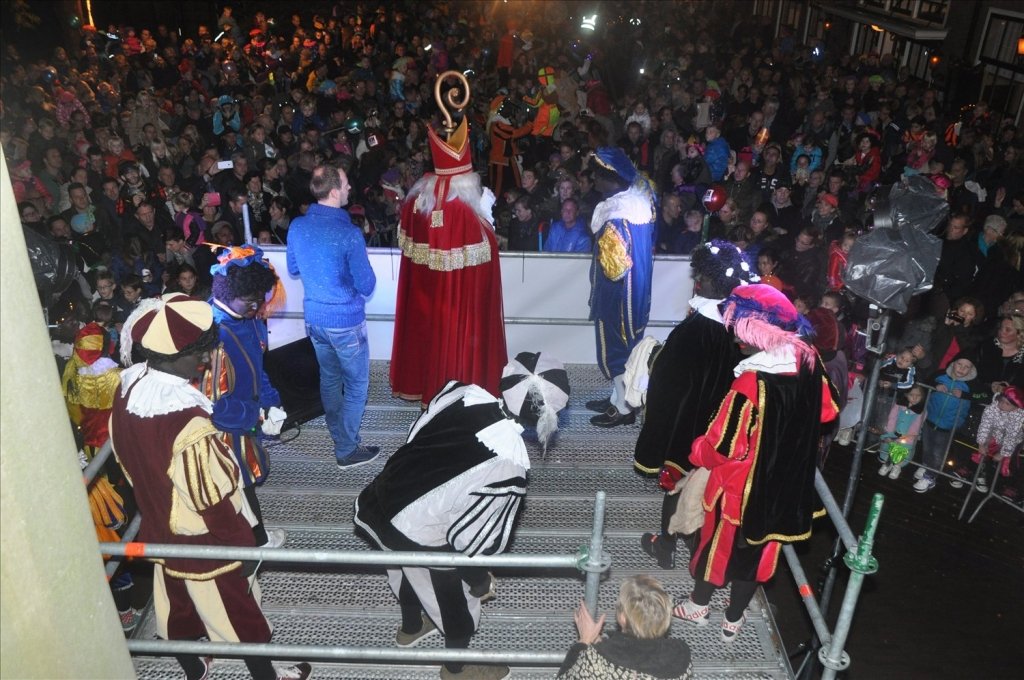 2014-15-11 Sinterklaas intocht (190)